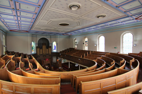 The Gallery in Upper Chapel.  Added when the roof was raised (1847-48) the interior reconstructed and the Chapel was 'turned around' to face across Alsopp Fields when Fargate was becoming built-up.